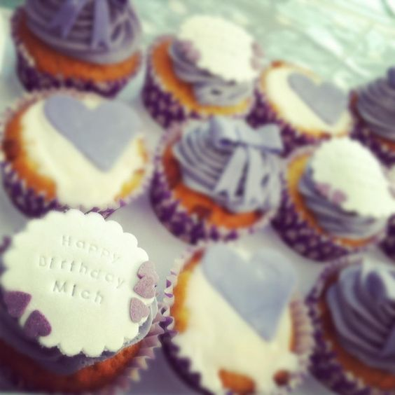 Purple themed cupcakes made for my Sister-in-laws Birthday made with delicious Parma violet flavoured butter icing ...
