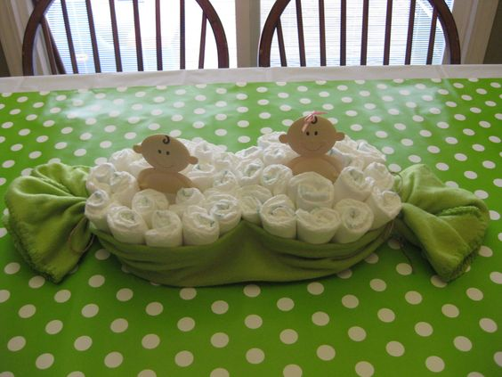 Twins baby shower two peas in a pod feeling crafty for Baby shower decoration ideas for twins