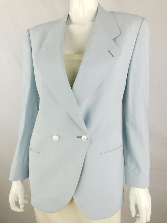 Burberry Silk Light Blue Vintage Blazer - Size M #Burberrys #Blazer