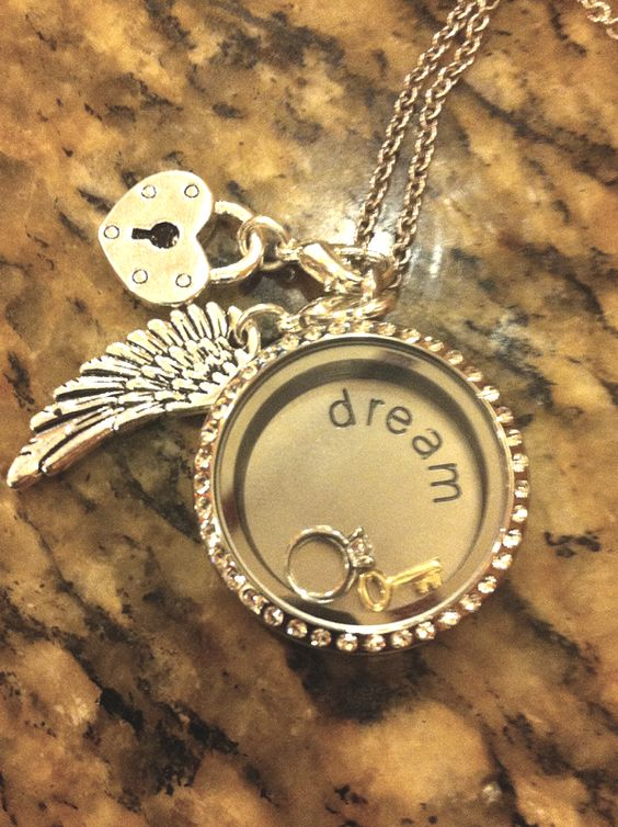South Hill Designs Lockets by Mariely Garcia http://southhilldesigns.com/marielygarcia Beautiful Jewelry that Share you Story with charms that symbolize your passions and memories.