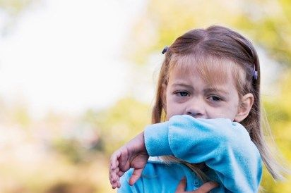 7 must dos for keeping kids healthy during flu season//blog.rightstart.com