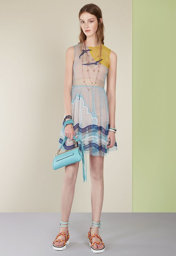 Red Valentino Spring 2017 Ready-to-Wear Collection Photos - Vogue