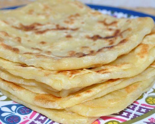 Msemens (8/10) On peut aussi faire la recette en rajoutant directement du sucre dans la pâte.: