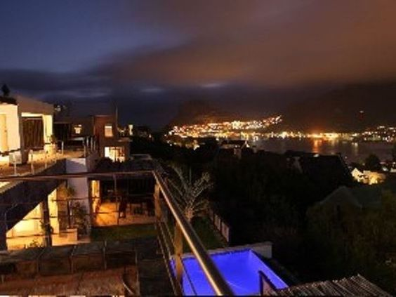 Villa 4 Hugo Avenue - Villa 4 Hugo Avenue is a gorgeous villa, situated on the slopes of the Chapman's Peak Mountain, on the Atlantic Seaboard of Cape Town.  This peaceful villa offers absolute luxury with modern contemporary ... #weekendgetaways #houtbay #southafrica