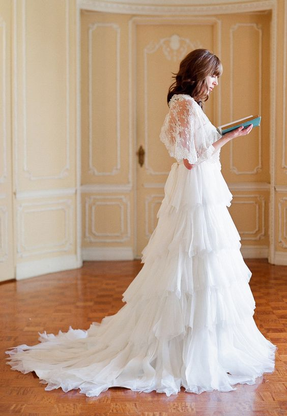 Tiered wedding dress / Ivy + Aster