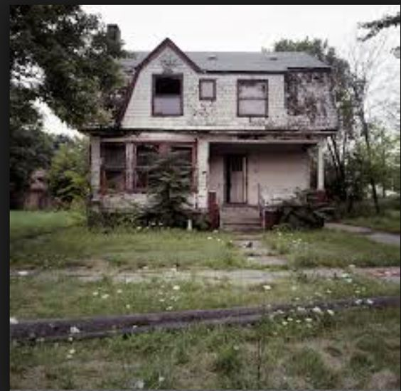 this is the abandoned house where all the scenes take place.