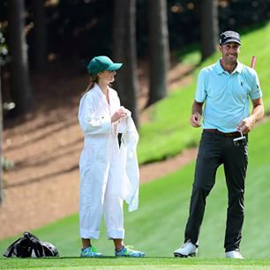 @geoffogilvy and his daughter react to a shot during the #par3contest #themasters