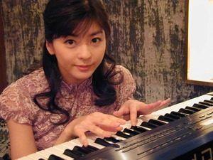 ピアノ中山忍さん