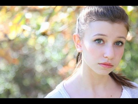 Katelyn Nacon nude - Google 搜尋   Naiken   Pinterest   Search and Google