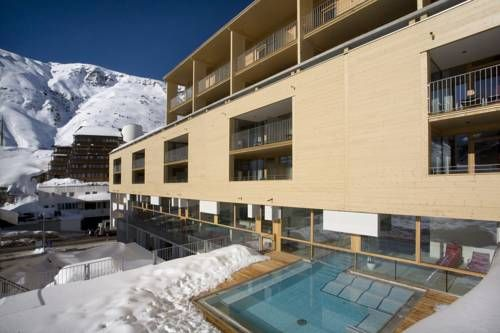 The Crystal (****)  LUZ EDITH GOIA has just reviewed the hotel The Crystal in Obergurgl - Austria #Hotel #Obergurgl