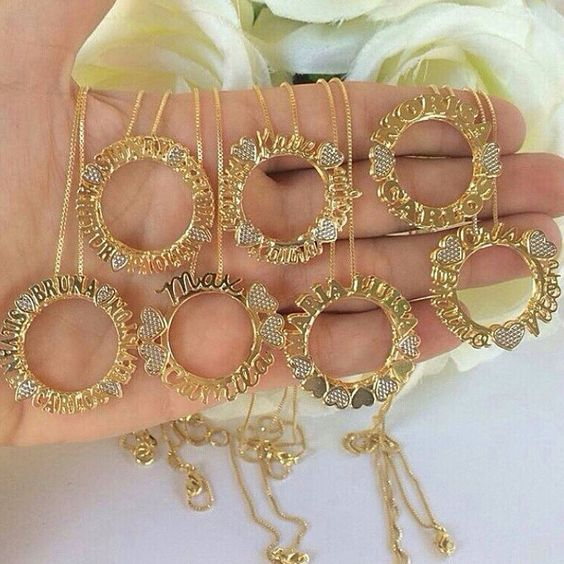 Mandalas personalizadas! Escolha a sua la no nosso site ...www.statusacessorios.com.br