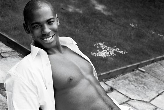 I blame #DesperateHousewives for bringing him into my life lol--Mehcad Brooks