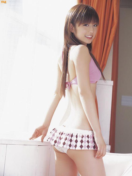 小倉優子 (Yuko Ogura)