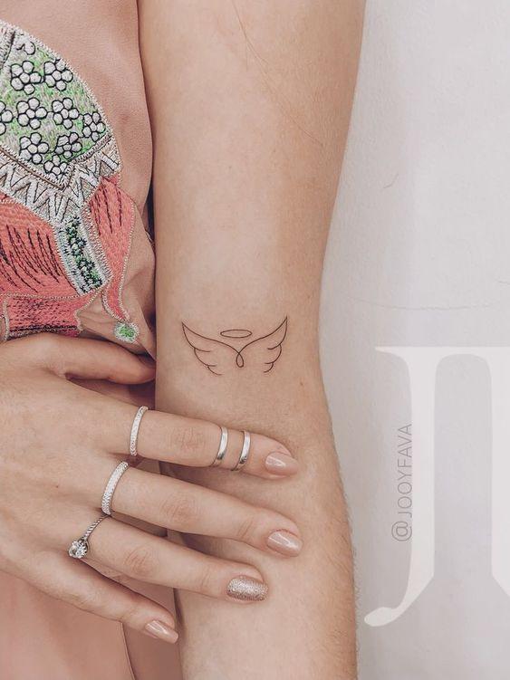 Pequenas Alas Alas Pequenas Tatuajes Elegantes Ideas De Tatuaje Pequeno Tatuajes