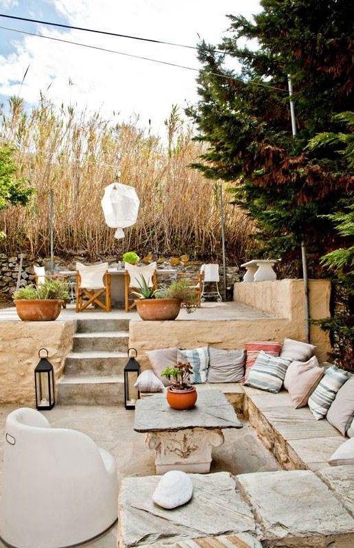 Terraza Con Muebles De Piedra Terrazas Terrazas Con Encanto Patios