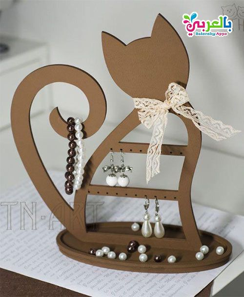 صنع اشياء من الكرتون للبنات اعمال يدوية بدون تكاليف بالعربي نتعلم Cardboard Crafts Wood Crafts Paper Crafts Diy