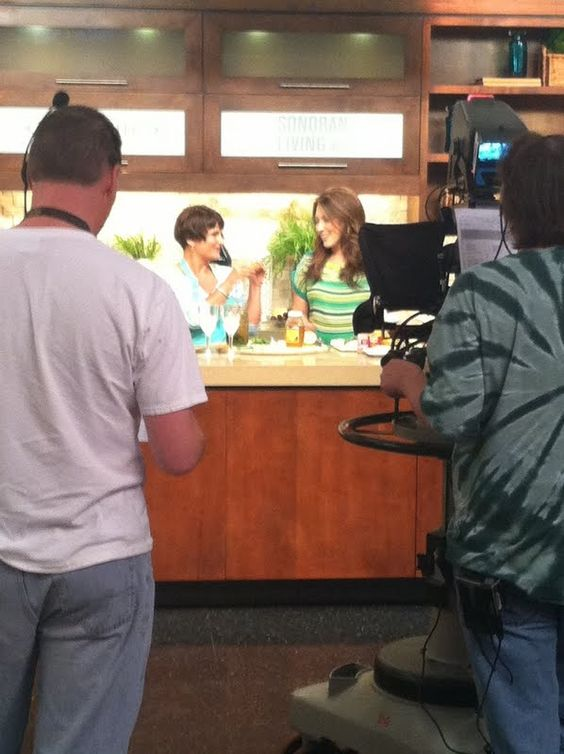 """Raw """"Foodie"""" Pam Nectar on ABC's Sonoran Living"""