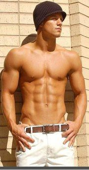 i have that same hat but its white.... oh by the way you have smokin abs too