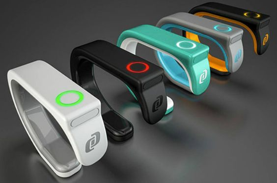 BitBrick Band, el wearable creado por mexicanos >> http://de10.com.mx/cultura-digital/2015/01/26/bitbrick-band-el-wearable-creado-por-mexicanos