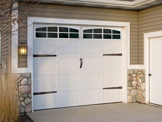 10 Ft Garage Door With Craftsman Style 10 Ft Garage Door With Craftsman Style Bathroomremodel Craftsm Garage Doors Garage Door Design Garage Door Decor