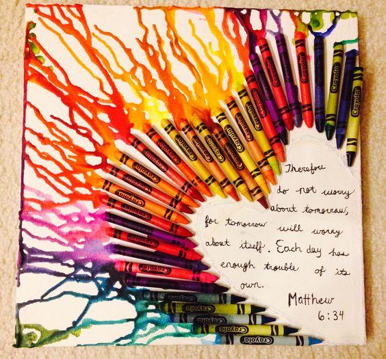 Diy crayon on canvas art i super glued crayons to the for Crayon diy canvas