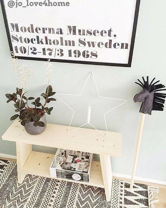 Laat je inspireren door verschillende stijlen in de nieuwste top 10 http://hsfy.nl/top10wa3! Onze top 10 mooiste woonaccessoires staat nu online! #top10 #wonen #stijl #industrieel #landelijk #bankje #inspiratie #ster #kamerplant #mooi @jo_love4home