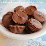 """Homemade """"Reese's"""" Peanut Butter Cups"""