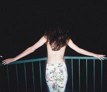 instagram, beautiful, cute, floral, brunette, girl, hair, hispter, indie, grunge, pretty, body