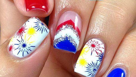 30 Flashing Patriotic 4th of July Fireworks Inspired Nail Art Ideas & Tutorials
