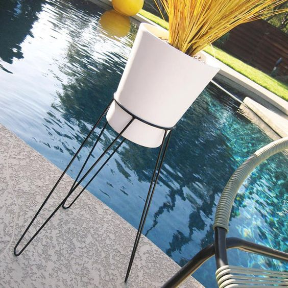 Frederick Weinberg style steel hairpin tripod-base planter stand and ceramic pot. Atomic Martini on Etsy