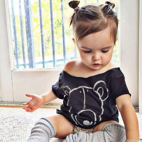 Frisur Pic Fur Baby Baby Hair Style Baby Hair Style Pics In 2020 Baby Girl Hairstyles Cute Baby Girl Outfits Baby Hairstyles