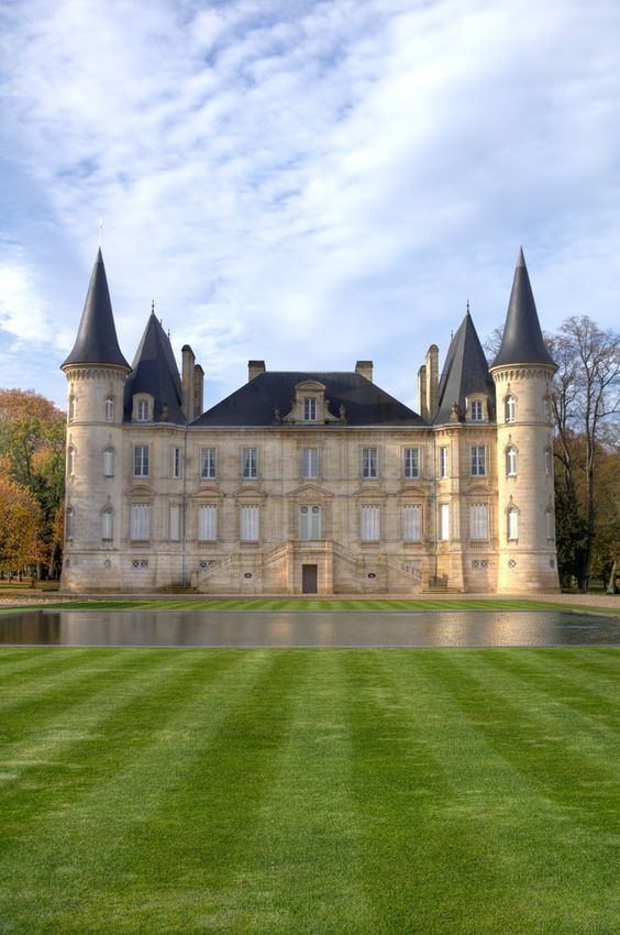 44 Most Beautiful French Chateaus Photos Chateau France French Chateau French Castles