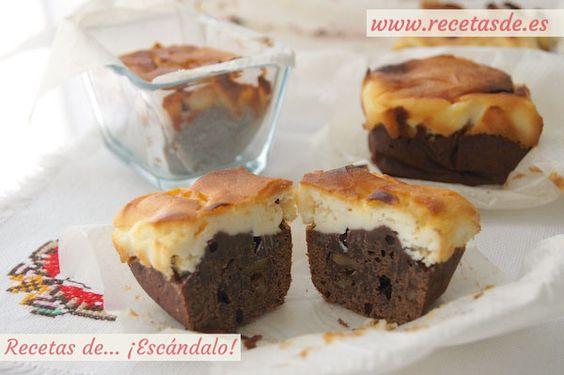 Una combinación de auténtico lujo para tus desayunos o meriendas. Prepara al horno un delicioso brownie de chocolate con cobertura de tarta de queso :P