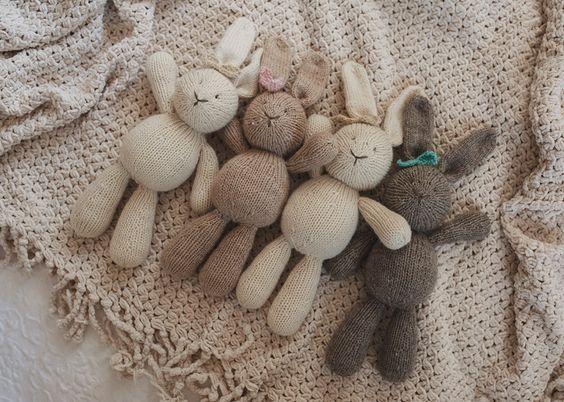 Amigurumi Bunny Knitting Pattern :