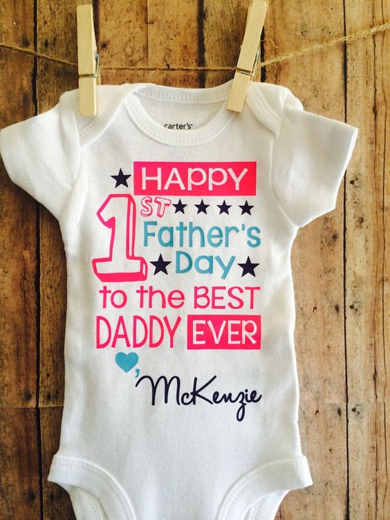 First Time Fathers Day Gifts Part - 30: Personalized Baby Bodysuit Or T-shirt, Great Job Dad, Fatheru0027s Day  Personalized Gift From Son | Baby Projects | Pinterest | Personalised Baby,  Dads And Gift