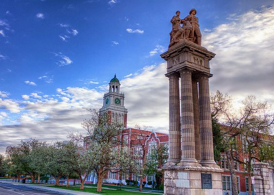 East High School - Denver, CO Designed to resemble Independence Hall in Philadelphia.