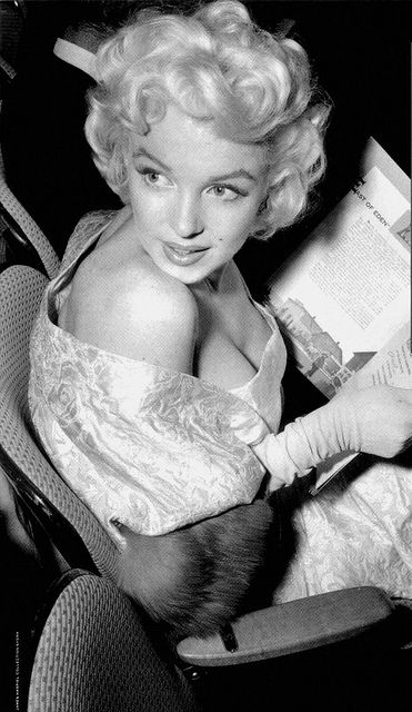 "Marilyn Monroe at the premiere of ""East of Eden"", 1955."