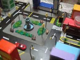 Maquetas escolares de una ciudad con material reciclable for Servicios escolares arquitectura