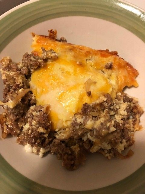 Ingredients 1 Lb Ground Beef 1 Packet Onion Soup Mix 1 Bag Shredded Colb Low Carb Cheeseburger Casserole Cheeseburger Casserole Onion Soup Mix Recipe