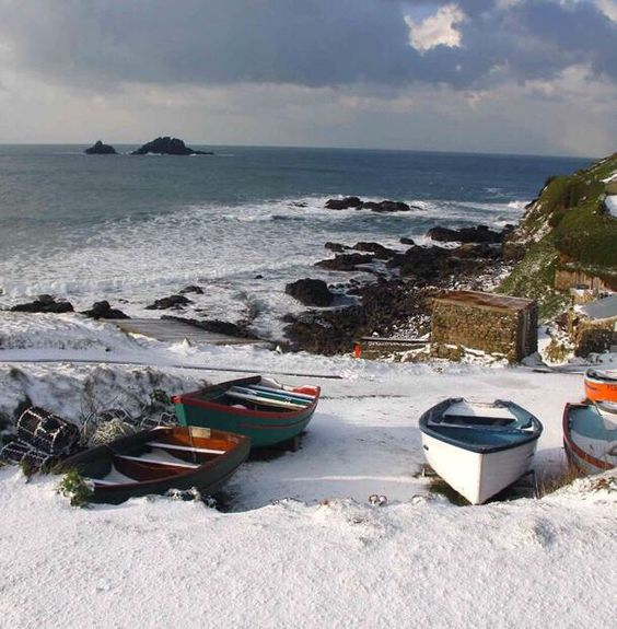 I'm just saying, if you ever plan on wintering here in Cornwall.. you're gonna need a bigger coat!