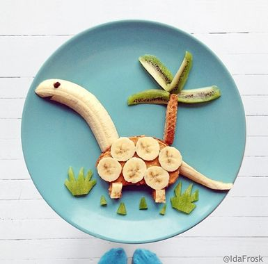 The perfect treat for dinosaur obsessed kids! Click to find out how to make this, and other insanely easy breakfast treat. http://thestir.cafemom.com/toddler/173743/10_cute_yummy_breakfast_ideas