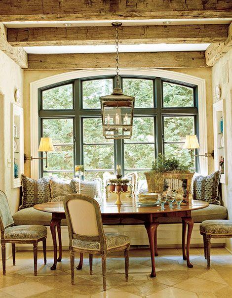 window seat dining