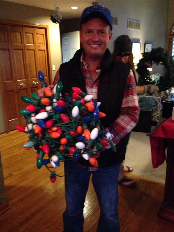 Clark Griswold Christmas Vacation party costume idea.