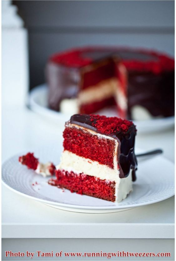 Red Velvet Cake with Cheesecake Filling, Cream Cheese Frosting and Chocolate Ganache
