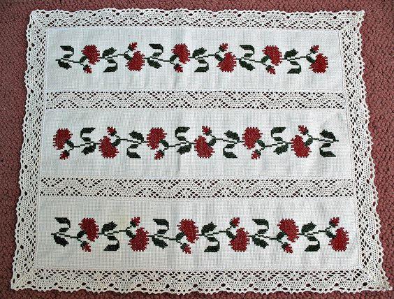 Patrones de punto de cruz de flores punto cruz patrones - Manteles de punto de cruz ...