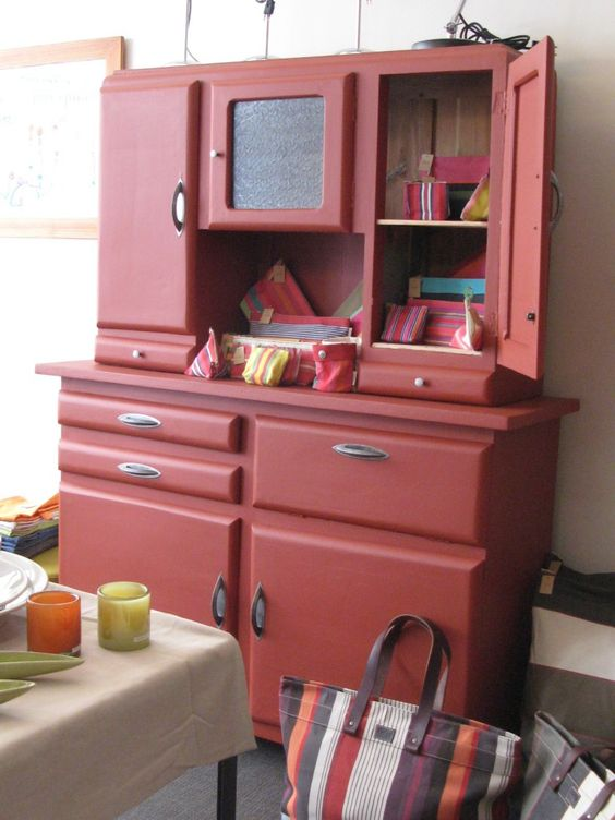 2010-05-buffet rouge