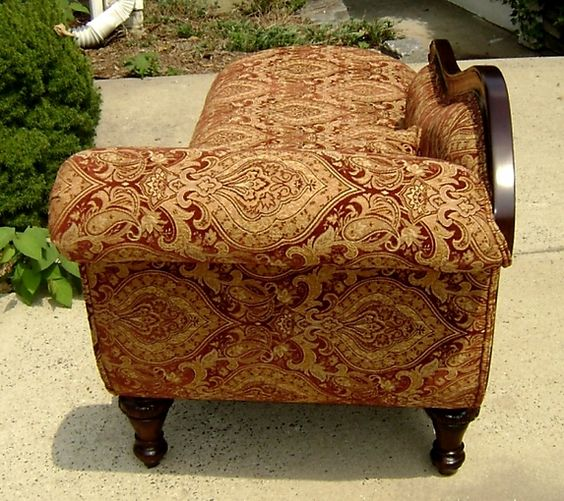 antique fainting couch for sale antique furniture antique sofas chaises for sale. Black Bedroom Furniture Sets. Home Design Ideas