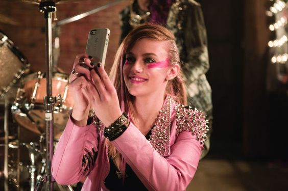 Jem and the Holograms Fails in a Way That I've Never Seen a Movie Fail Before