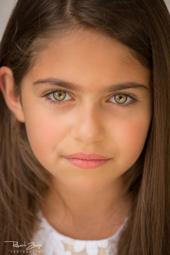 The little girl with Golden eyes by Robert Zimiga on 500px