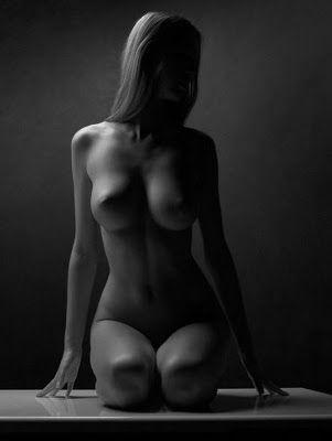 """Pintura y Fotografía Artística : Luces y sombras en el cuerpo de la mujer: """"Fotografía Artística"""""""